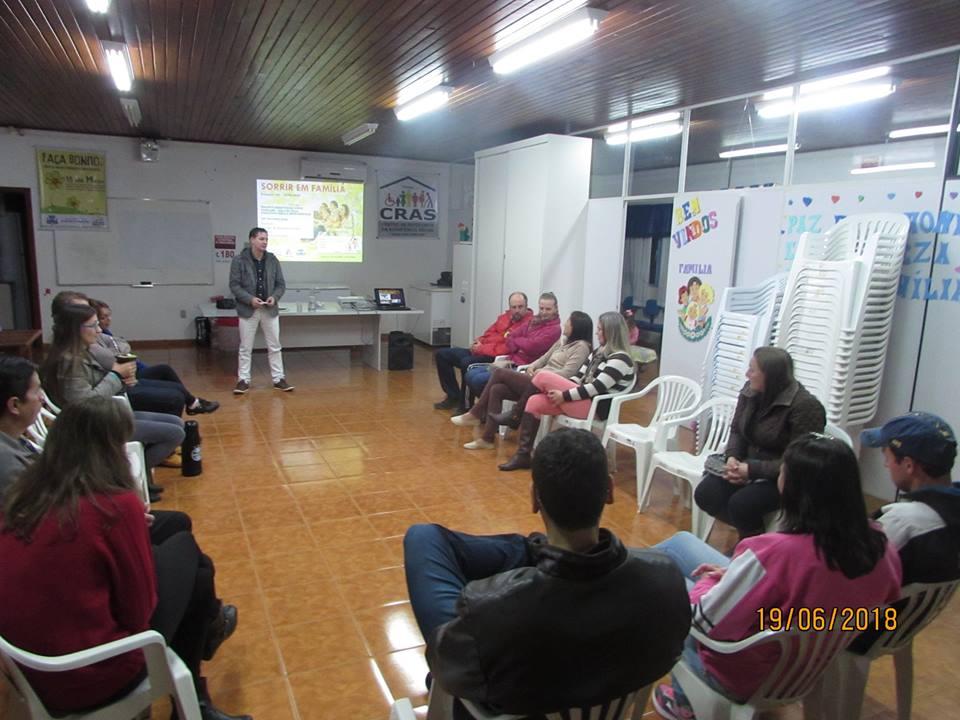 """Projeto Escola para Pais e Mães """"Desafios do amor familiar"""" realiza último encontro em Princesa"""