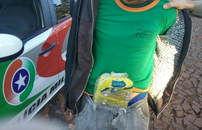 Homem é preso por tráfico de drogas em Palma Sola