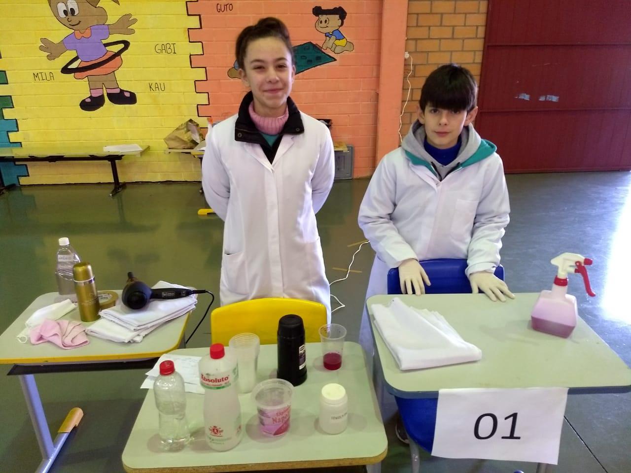 Alunos do Cemeg desenvolvem projetos para feira de ciências