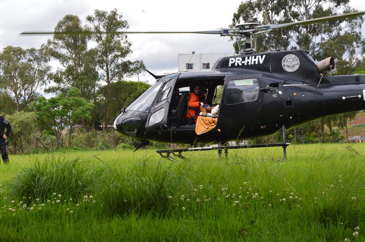 Jovem fica gravemente ferido ao fraturar a perna durante corte de grama  em Palma Sola