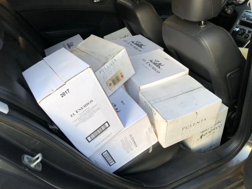 PRF apreende carga de vinho estrangeiro irregular na BR 282