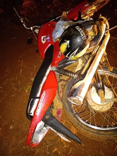 Motoqueiro sofre ferimentos em queda de moto