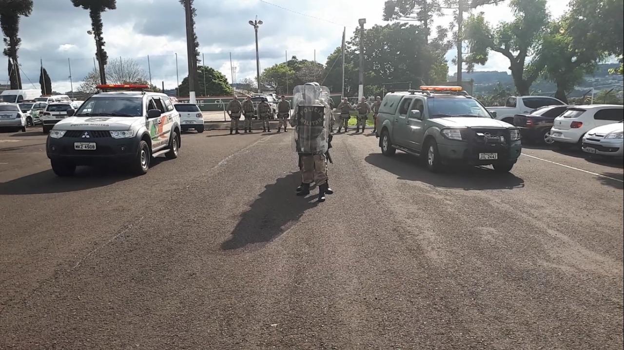 PM realiza treinamento para o controle de manifestações