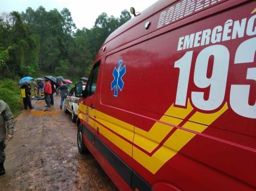 Estudante morre atropelada ao desembarcar do ônibus escolar