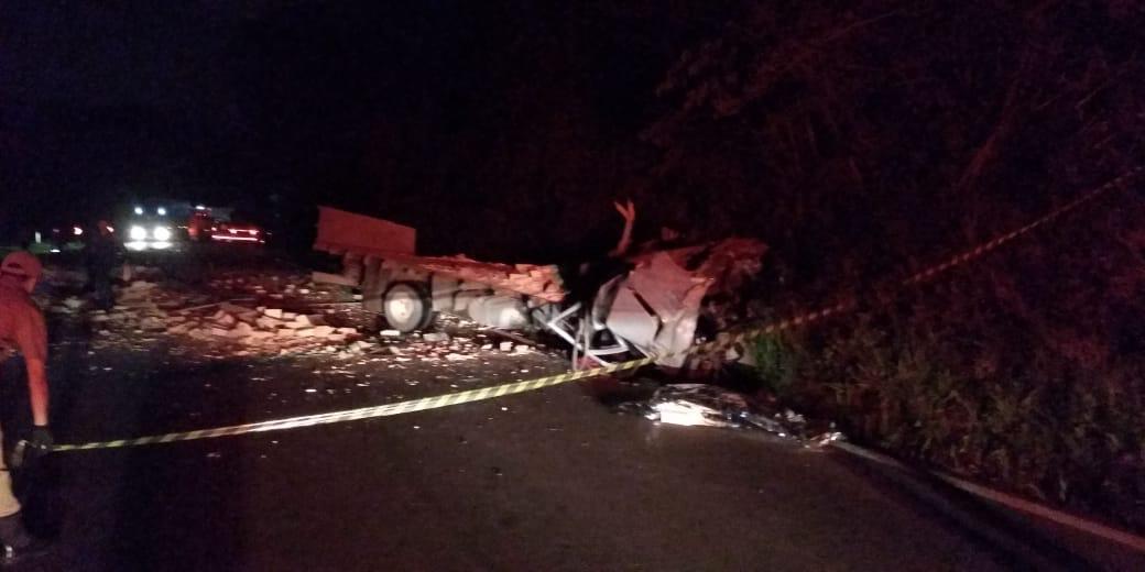 Caminhoneiro de Maravilha morre em acidente na BR-282