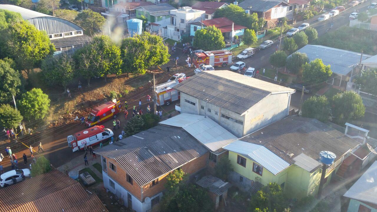 Veículo desgovernado invade creche e atinge crianças em Chapecó