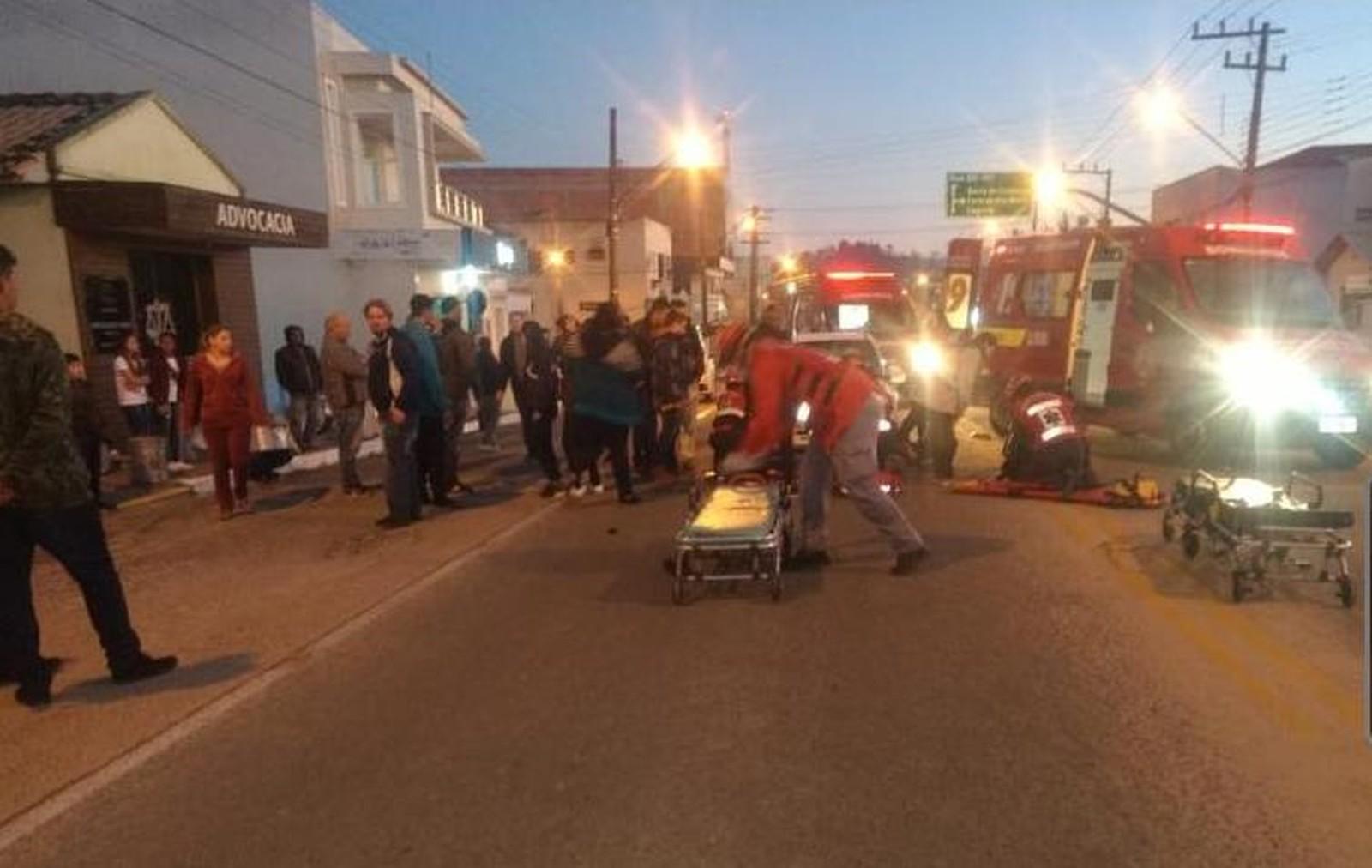 Nove pessoas são atropeladas antes do desfile de 7 de setembro em SC