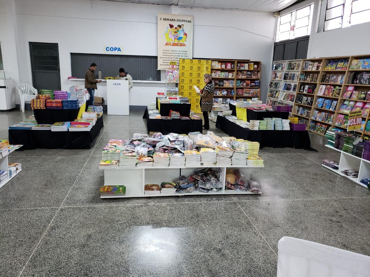 Feiras do Livro e do Artesanato integram programação cultural de Iporã do Oeste