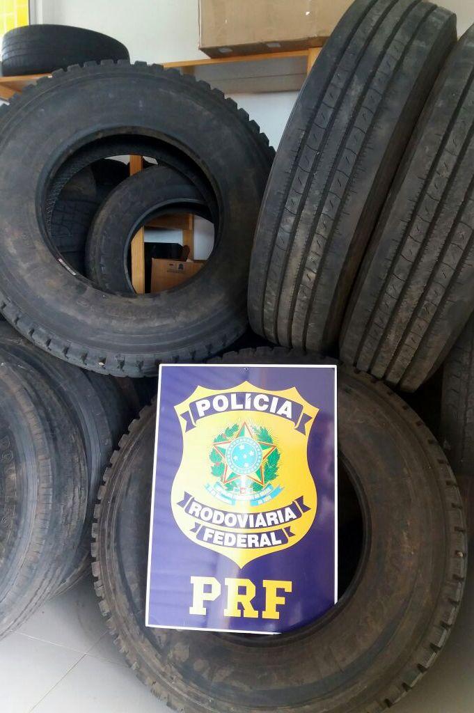 PRF apreende pneus de origem estrangeira na BR 163 em Guaraciaba