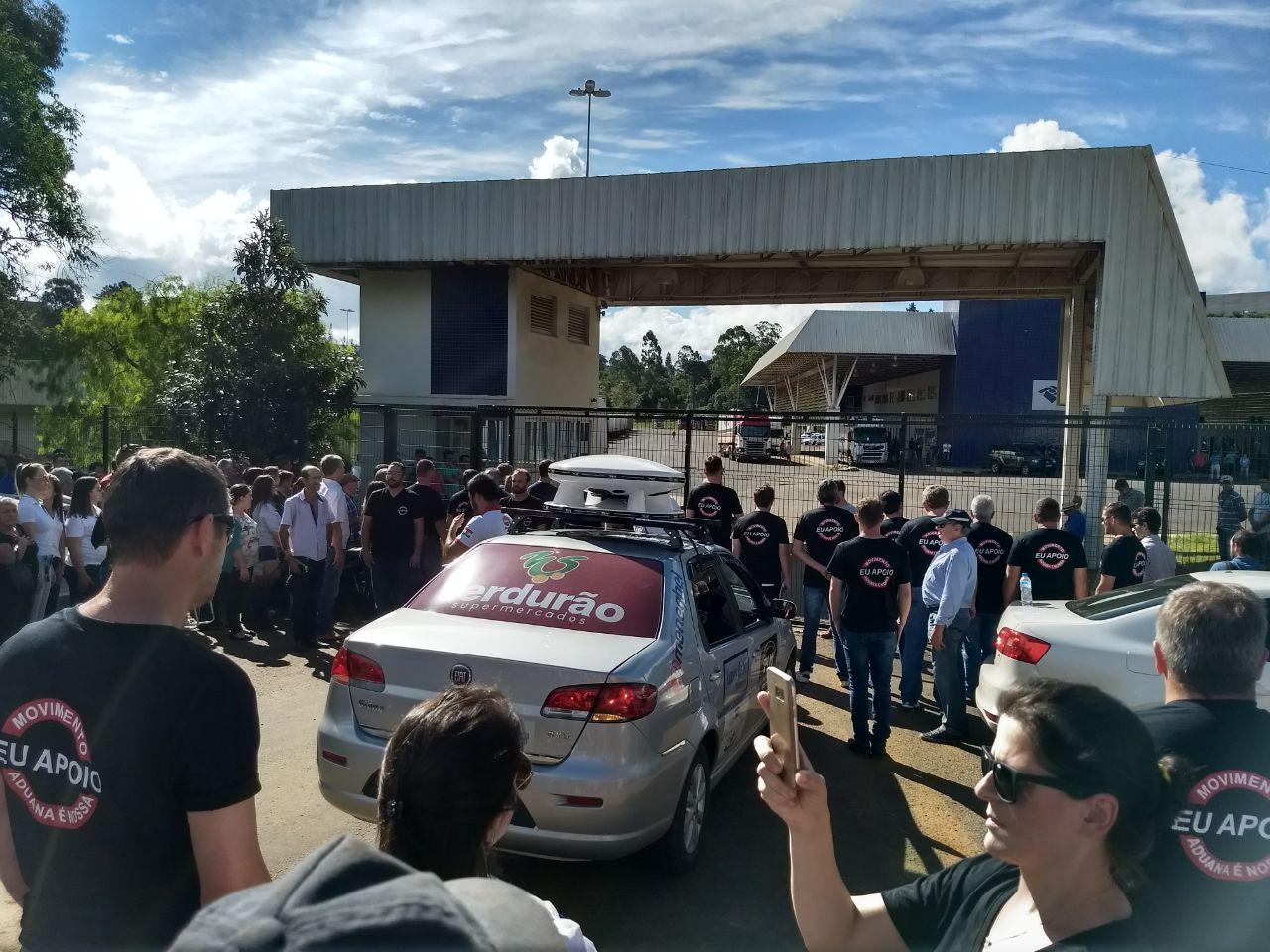 Mobilização cobra medidas para melhorar aduana em Dionísio Cerqueira