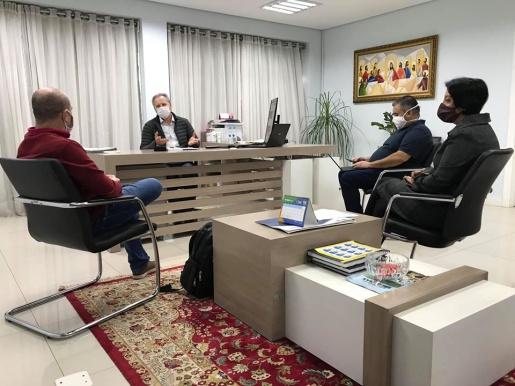 Trevisan pede para JBS doação de equipamentos para Saúde de SMOeste