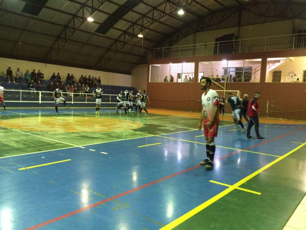 União São Francisco inicia segunda fase da RIC com derrota
