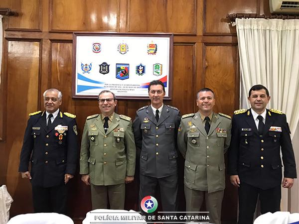 Encontro marca os 161 anos da Policia de Misiones na Argentina