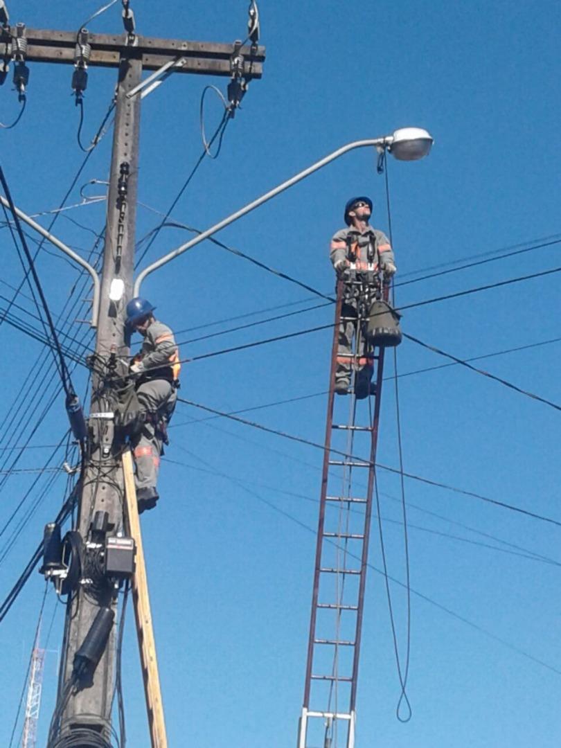 Administração investe mais de R$ 240 mil na troca de lâmpadas na Willy Barth