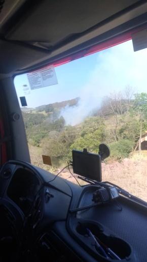 Incêndio florestal mobiliza bombeiros em São José do Cedro