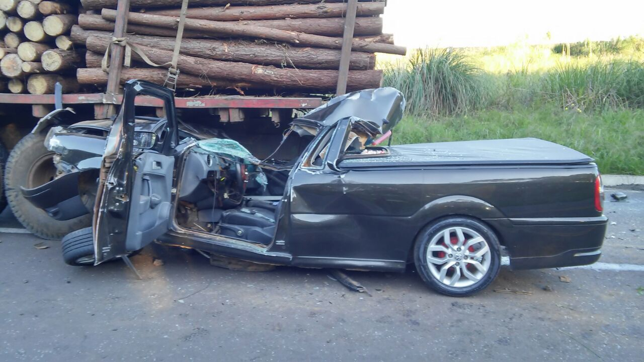 Acidente na BR-282 deixa motorista gravemente ferido