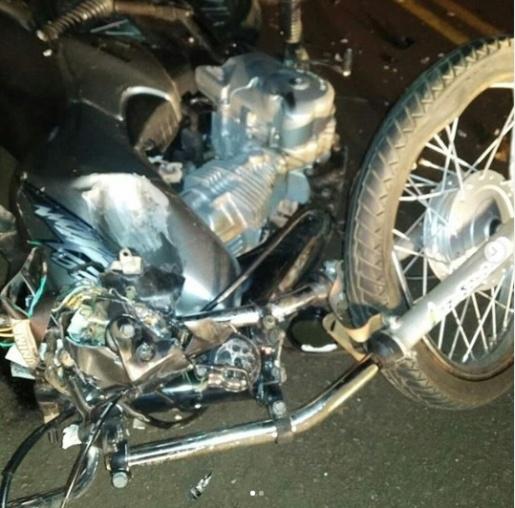 Motociclista morre ao colidir contra colheitadeira em Palmitos