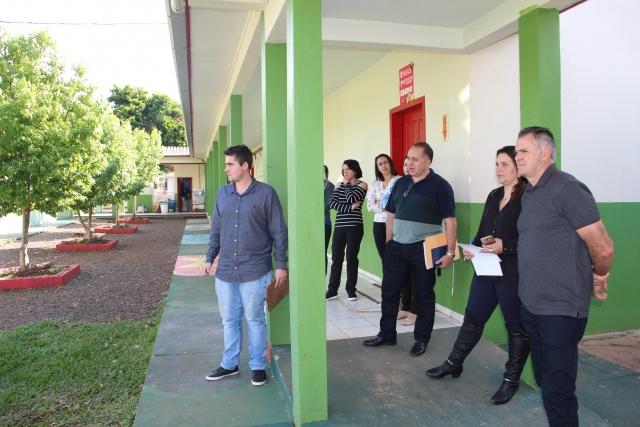 Escola de Barra Bonita encaminha pedido de ampliação e reforma junto à ADR