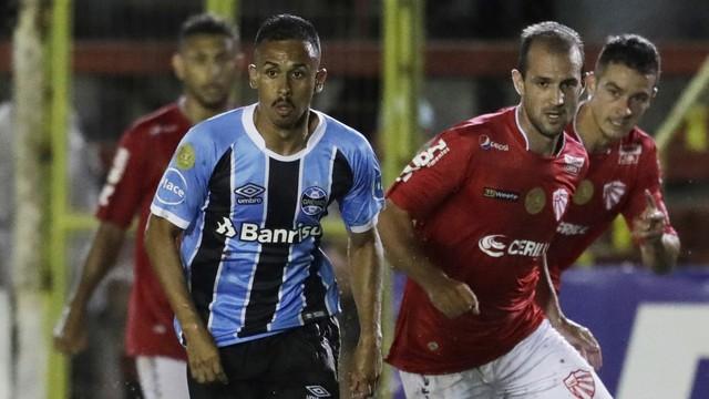 Vídeo: Time jovem do grêmio estreia com empate no campeonato Gaúcho