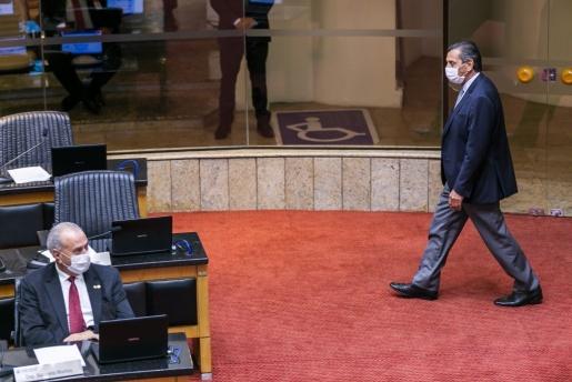 Alesc adia tramitação do impeachment contra governador Carlos Moisés