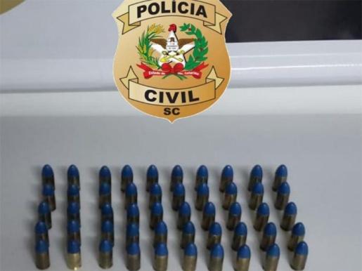 Homem é preso com munições 9mm na SC-157