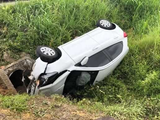 """Dispositivo de retenção """"bebê conforto"""" salva vida de criança em acidente em SC"""