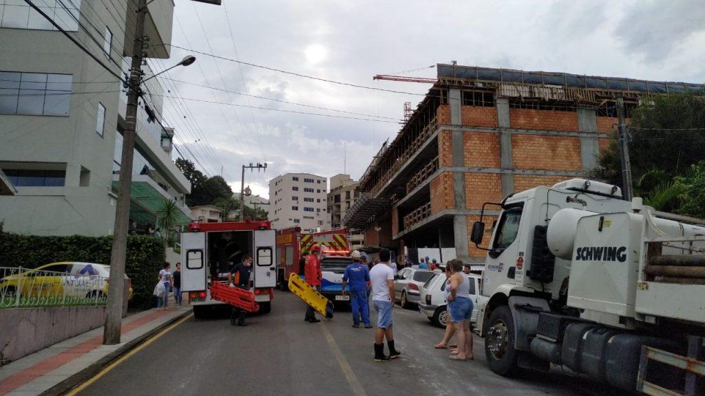 Desabamento em construção de prédio deixa feridos na área central de Concórdia