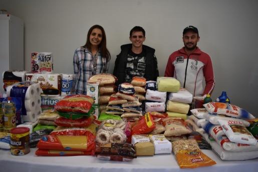 Associação dos Criadores de Suínos de Iporã do Oeste entrega doações ao hospital