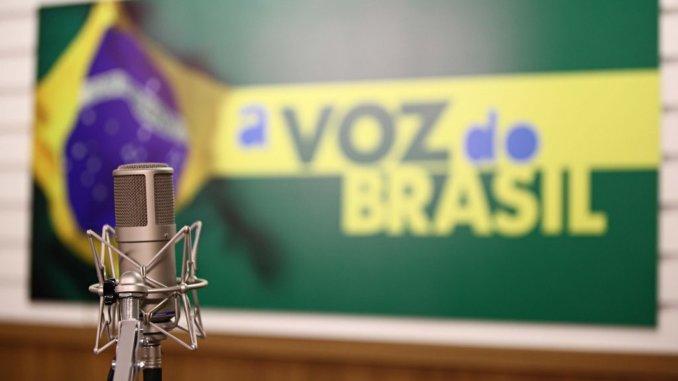 Voz do Brasil continuará sendo veiculada às 19h pelas emissoras da Rede Peperi