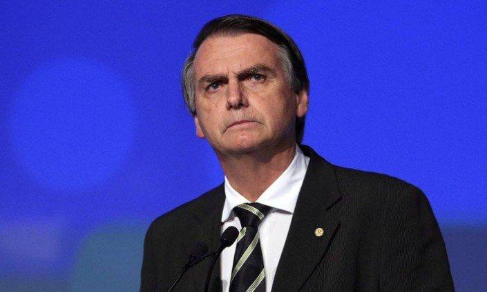 Bolsonaro diz que se eleito o futuro procurador geral não será do MP militar
