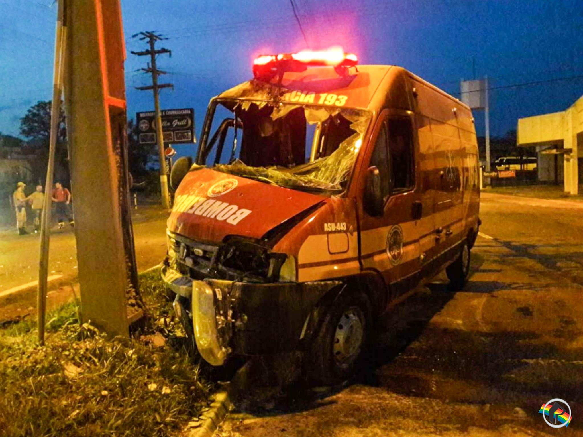 MP denuncia condutor envolvido em colisão contra ambulância dos bombeiros