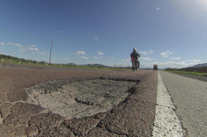 30% das rodovias federais de SC são péssimas ou ruins