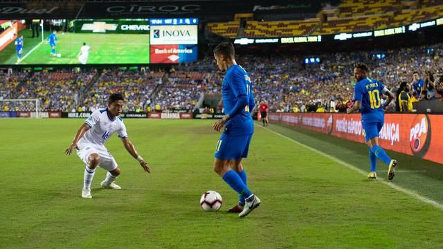 VÍDEO: Em jogo amistoso, Seleção Brasileira goleia El Salvador