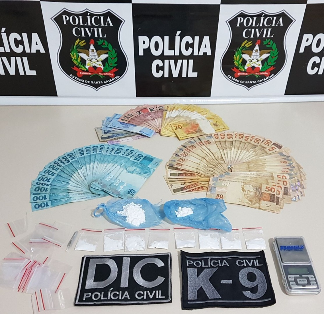 Polícia Civil prende traficantes em flagrante