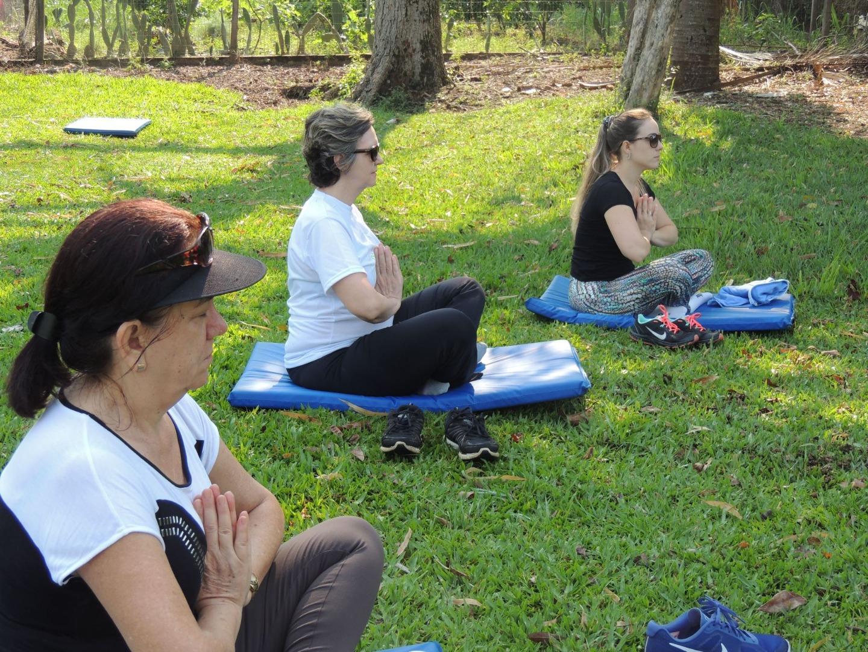 Saúde e Yoga na Praça é o novo projeto da Secretaria de Saúde