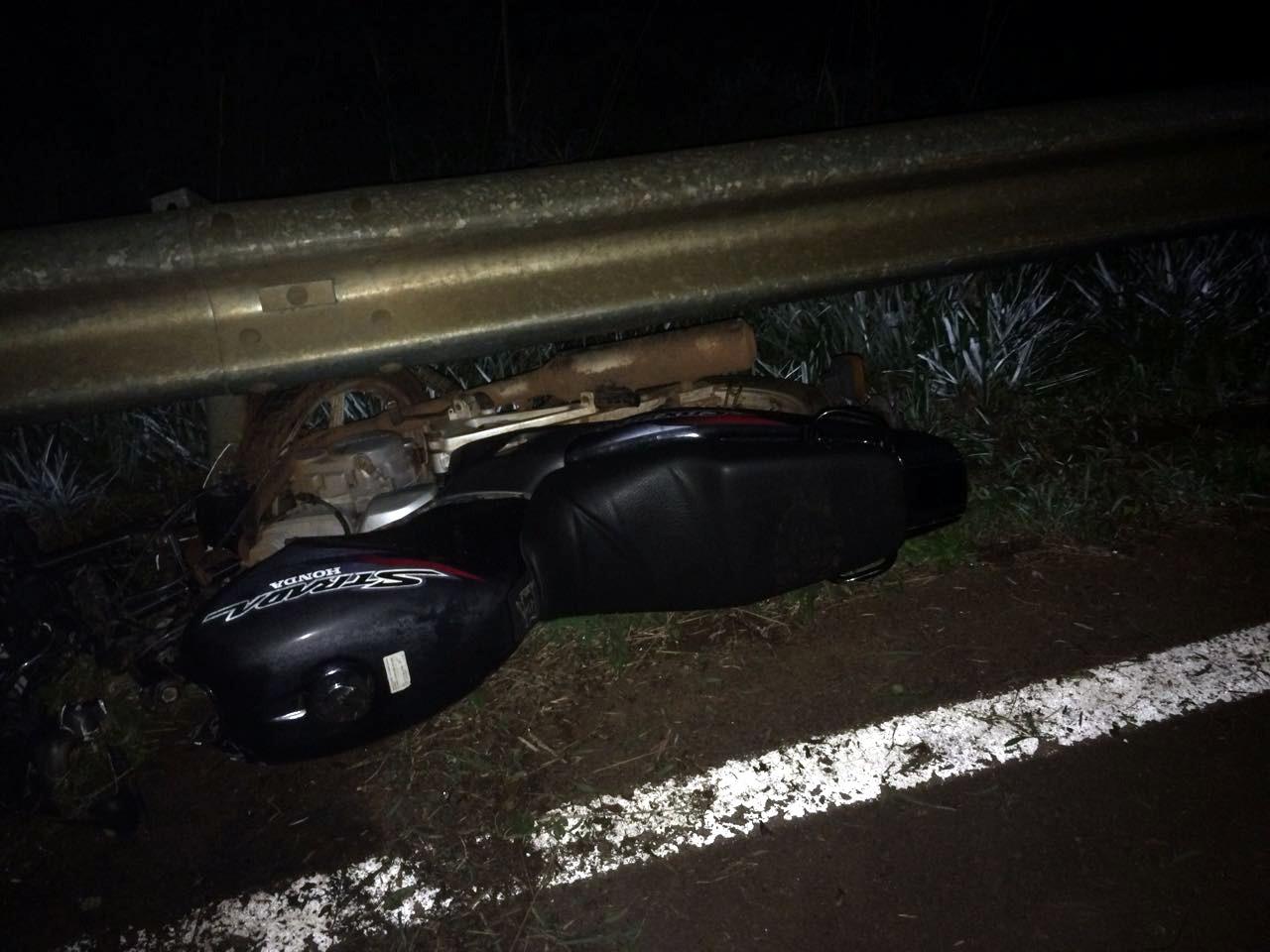 Duas pessoas ficam feridas após motocicleta sair da pista na SC 305