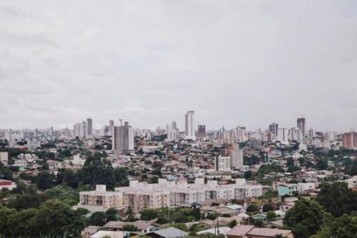 Chapecó anuncia toque de recolher e fecha serviços não essenciais