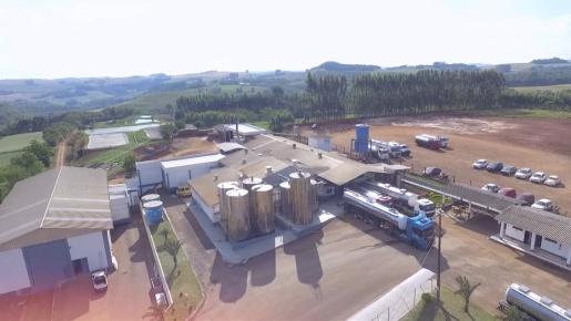 Laticínios inicia atividades na fábrica de manteiga