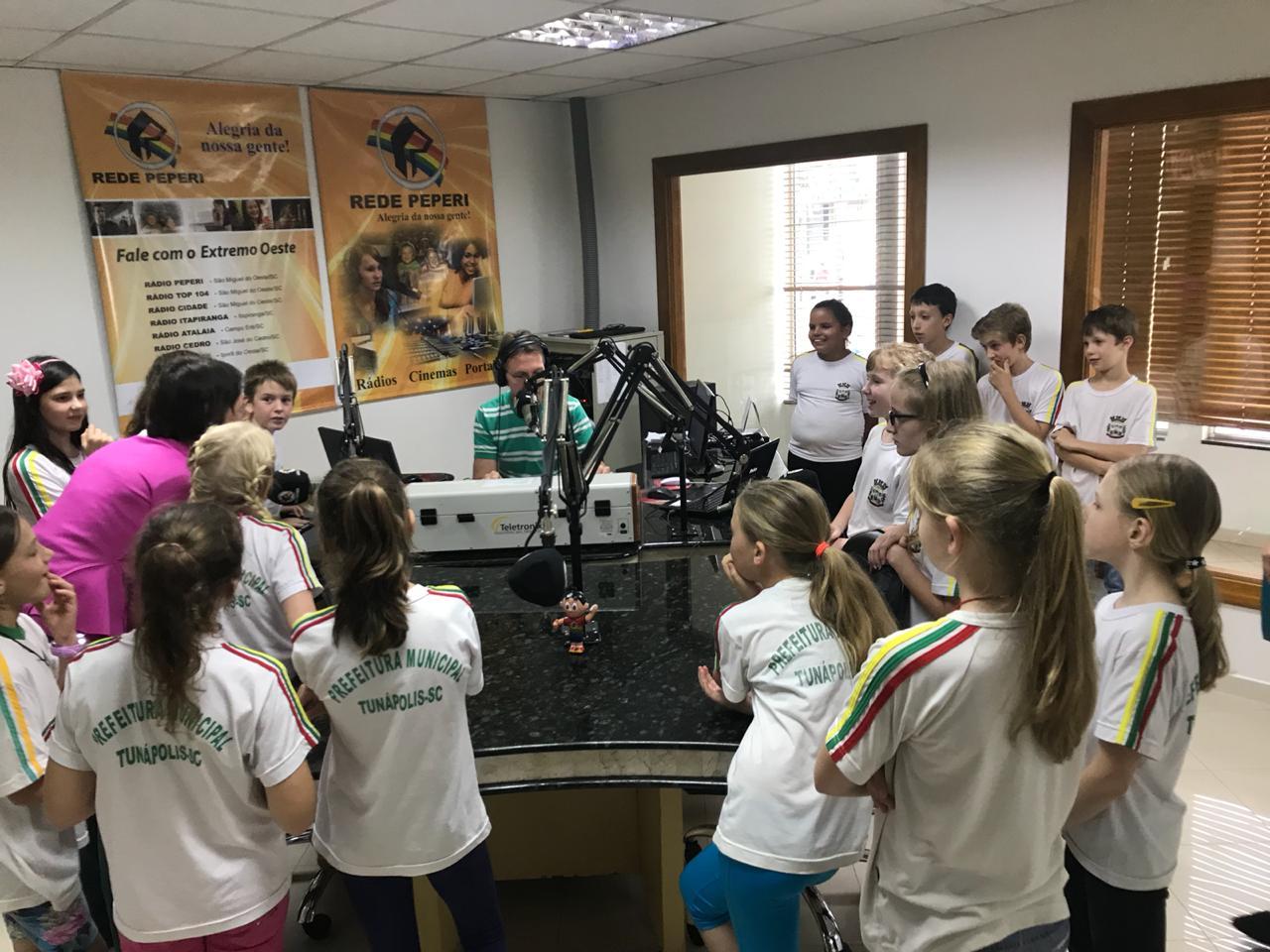 Centro Educacional Helga Follmann adere ao programa Jeito Catarinense