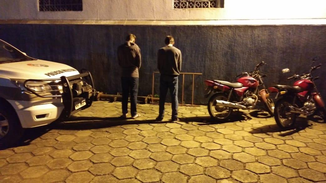 Polícia Militar recupera motocicletas furtadas e apreende suspeitos