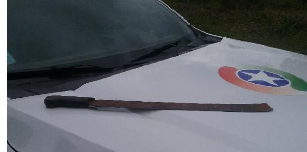 Homem é ameaçado com facão pelo vizinho depois de desentendimento