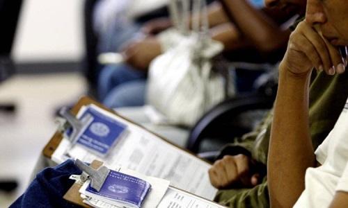 Desemprego recua em agosto, mas atinge 12,7 milhões de brasileiros