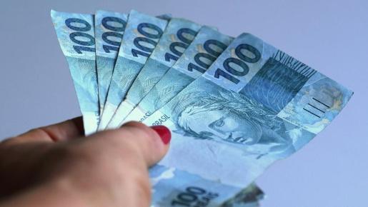Para Dieese, salário mínimo em abril deveria ter sido superior à R$ 4,5 mil