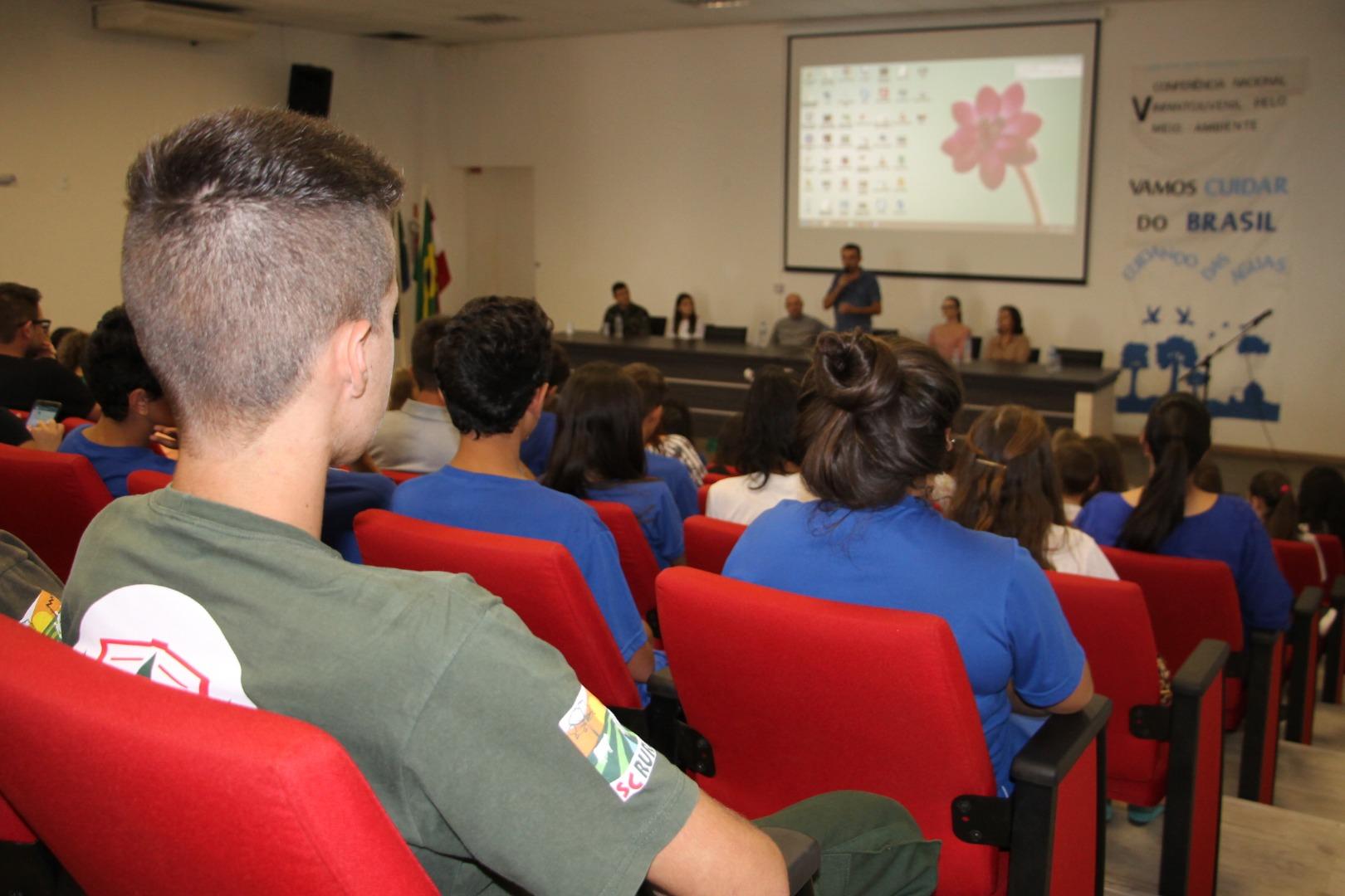 Conferência pelo Meio Ambiente é realizado em São Miguel do Oeste