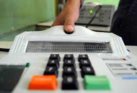 Segundo TSE, mensagens sobre multa para quem não fizer biometria é falsa