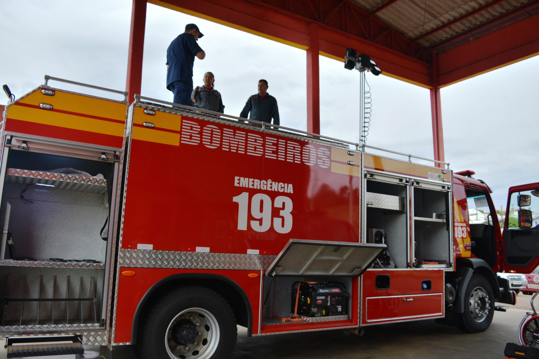 Marcada data para entrega oficial de caminhão e troca de comando nos bombeiros