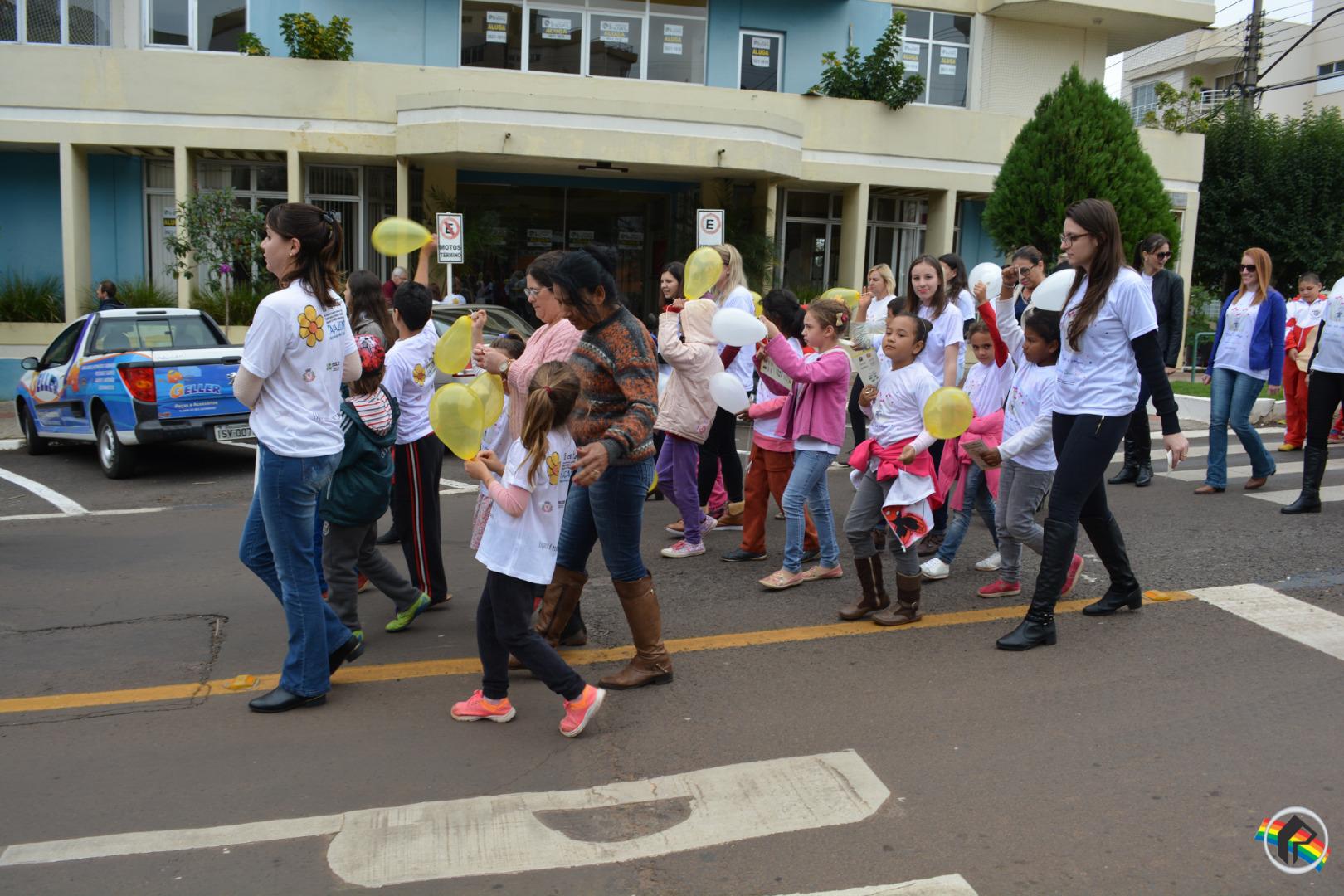 Entidades promovem caminhada contra abuso sexual
