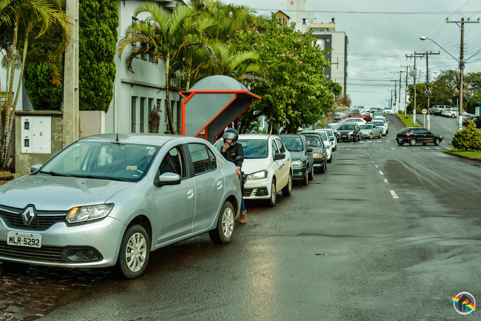 Motoristas formam filas para garantir combustível em São Miguel do Oeste