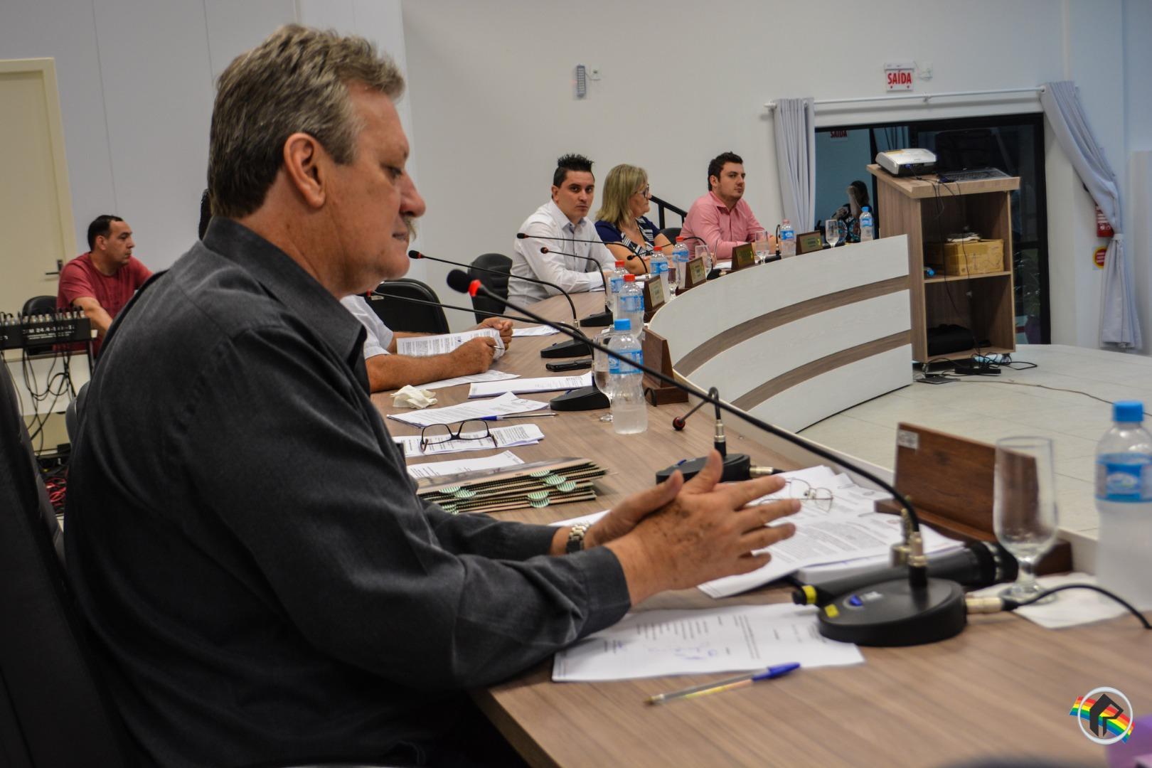 Vereadores pedem instalação de academia ao ar livre na Praça Wanir Bottaro Daniel