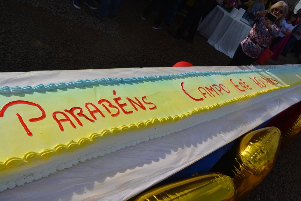 Aniversário dos 60 anos de Campo Erê é marcado com corte do bolo e shows